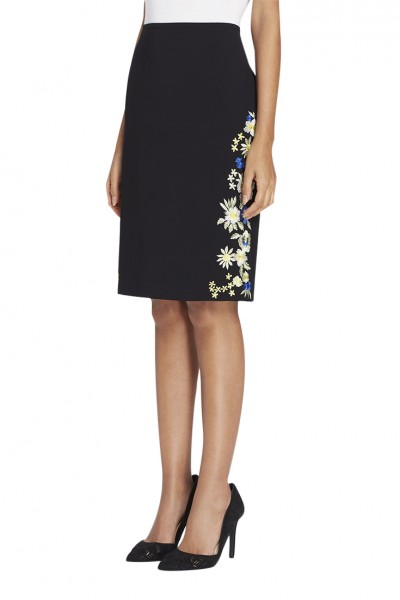 Tahari - Women's Side-Embroidered Crepe Skirt - Black