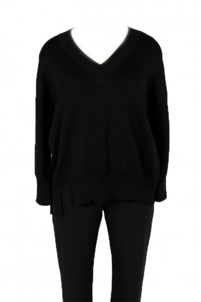 Planet - Women's Chic V Neck Sweater - Black
