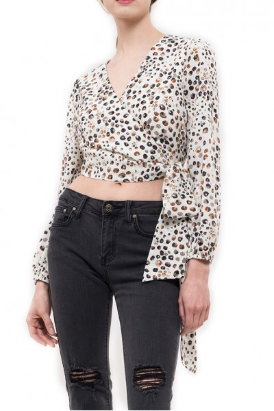 J.O.A. - Women's Tie Back Crop Top With Blouson Sleeves - Rust Leopard