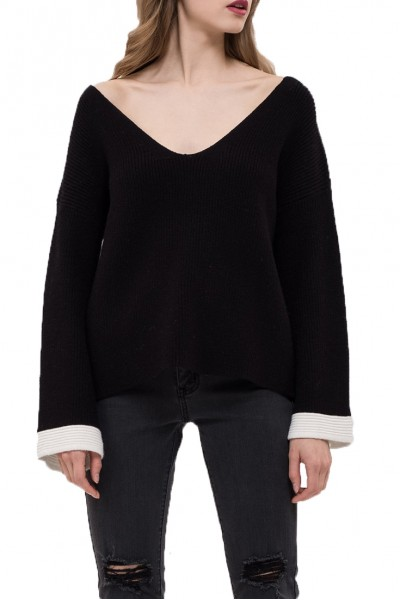 J.O.A. - Women's Contrast Sleeve Sweater - Black