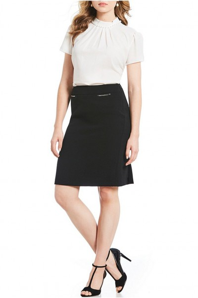Tahari - Women's Crepe Nail Head Skirt - Black